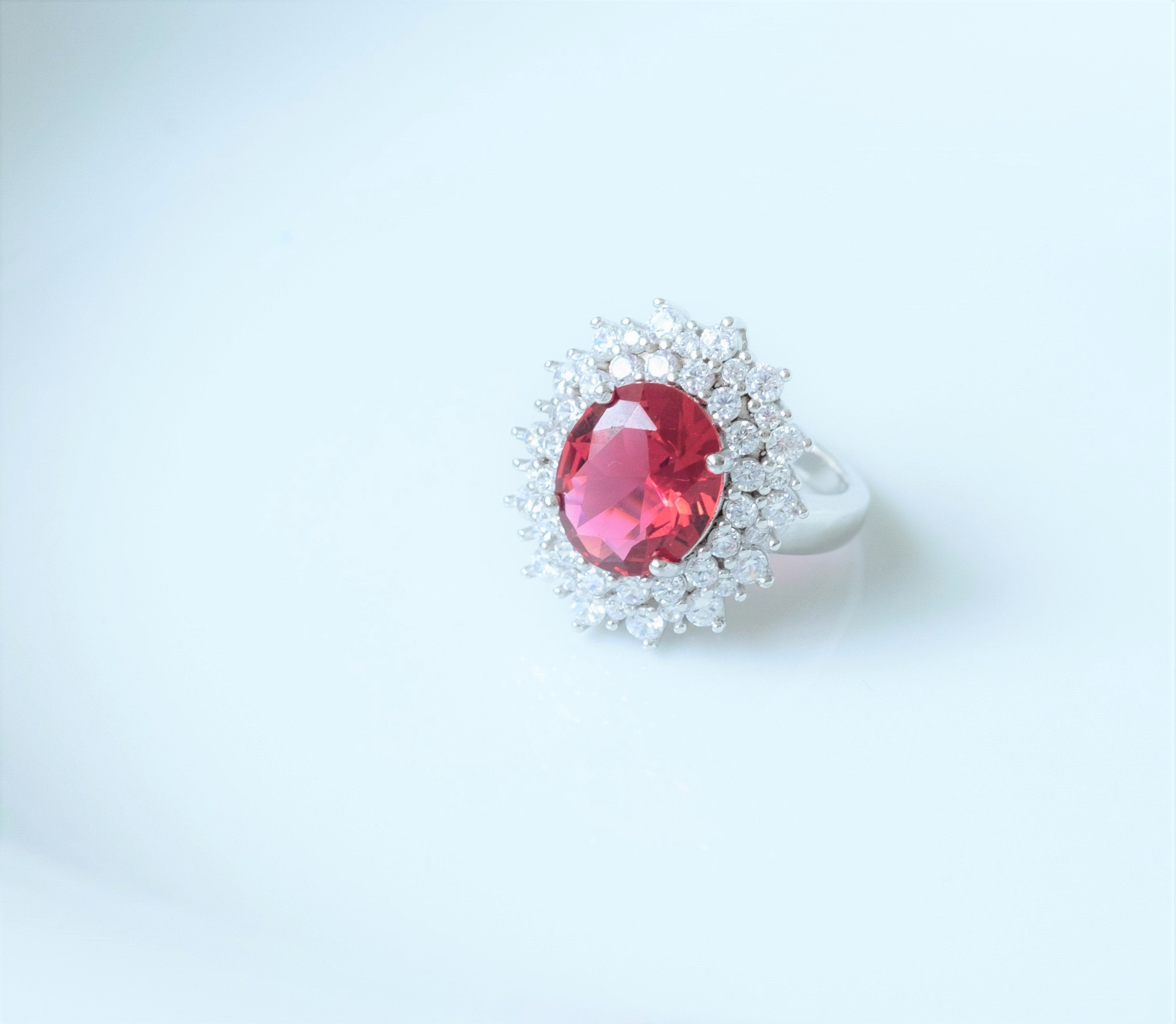 Red Lady D Oval Ring