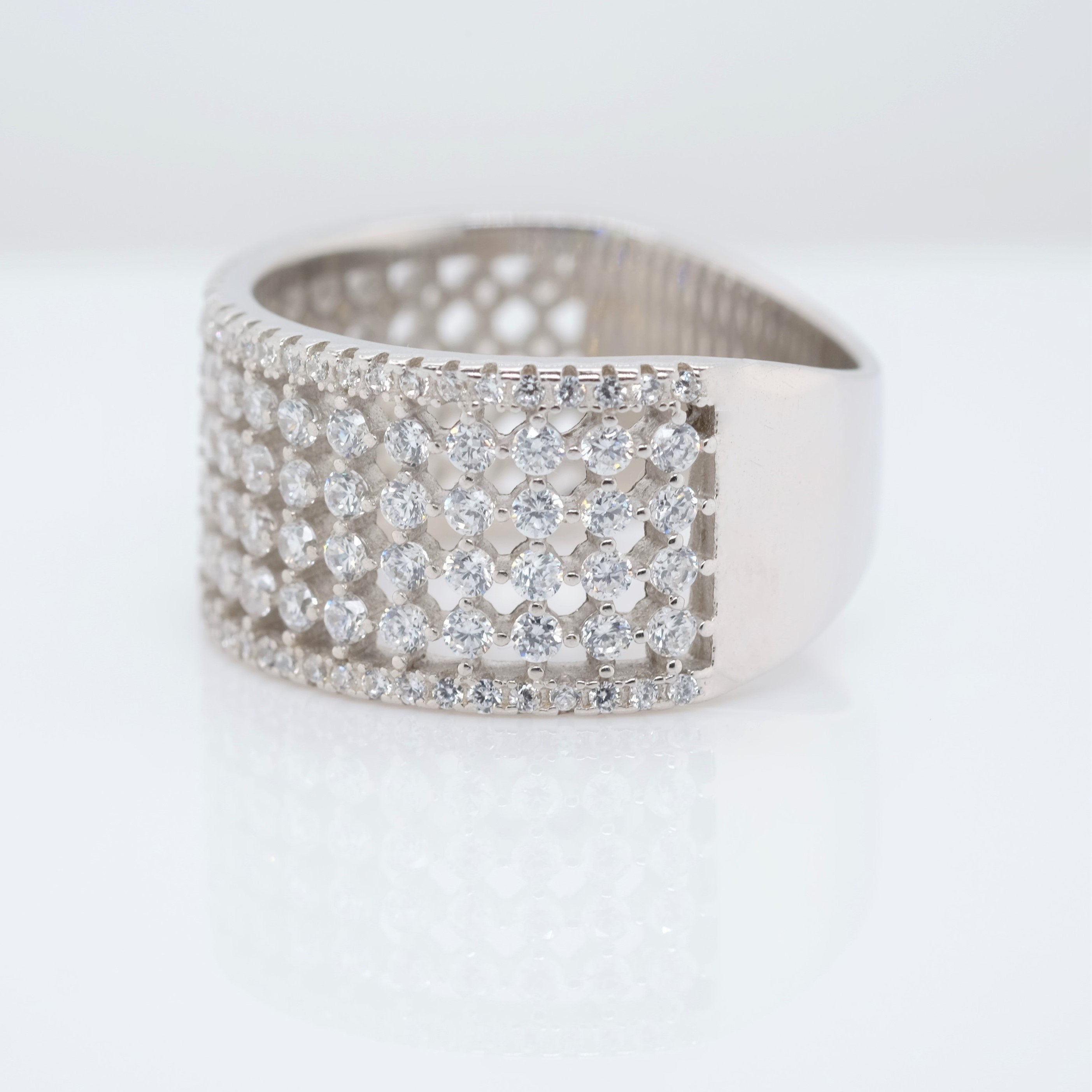 Eternity 6 Band Ring