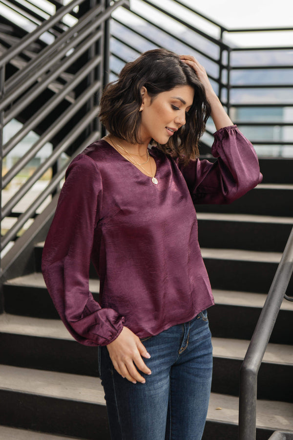 Ave Shops Womens Silky Satin V-Neck Blouse In Aubergine