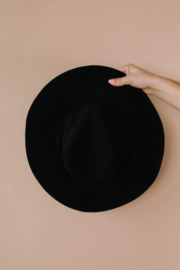 Ave Shops Womens Suede In The Shade Hat In Black