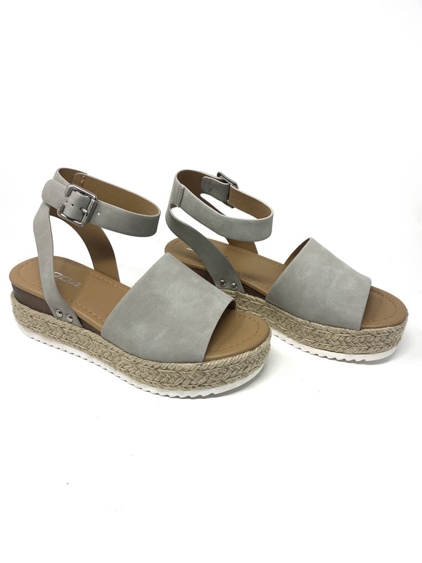 Ccocci Shoe Weekend Vibes Wedge in Grey