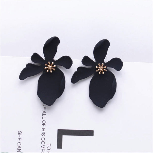Alyssa Flower Earrings