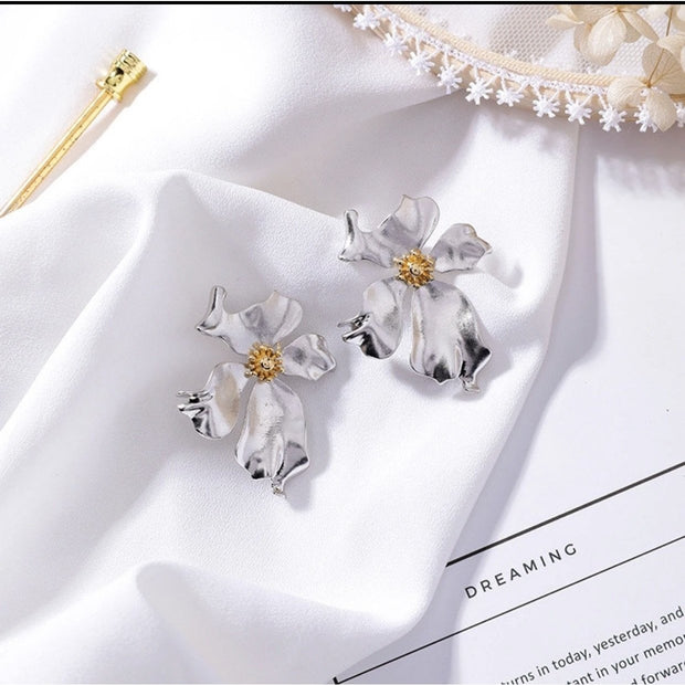 Indianna Flower Earrings