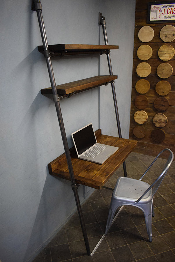 Leaning ladder desk
