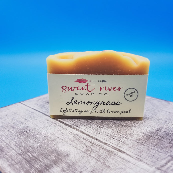 Lemongrass. moisturizing goat milk soap. Doesn't leave film residue. Lemon aroma with earthy undertone. Essential oils used. High quality products.