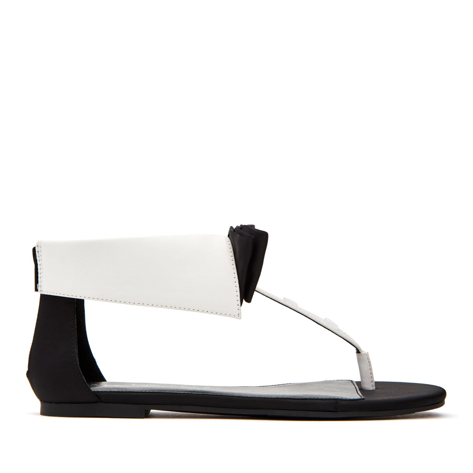 katy perry sandal in black size 5.5   the delle