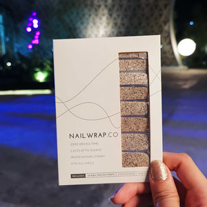 Buy Classic Bijou Gold (Glitter) Nail Wraps at the lowest price in Singapore from NAILWRAP.CO. We Ship Worldwide. Over 300 designs! Instant designer nail art under 10 minutes