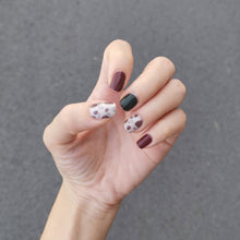 Load image into Gallery viewer, Buy Pine Cones Nail Wraps at the lowest price in Singapore from NAILWRAP.CO. We Ship Worldwide. Over 300 designs! Instant designer nail art under 10 minutes
