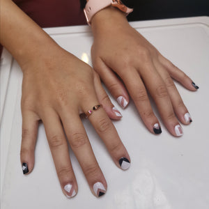 Buy Darcy Monochrome Geometric Nail Polish Wraps at the lowest price in Singapore from NAILWRAP.CO. Worldwide Shipping. Instant designer nail art manicure in under 10 minutes.