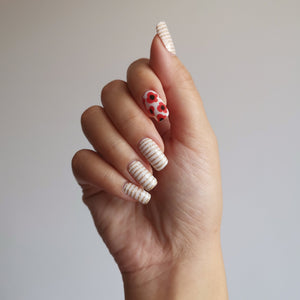 Buy Poppy Red Nail Polish Wraps at the lowest price in Singapore from NAILWRAP.CO. Worldwide Shipping. Instant designer nail art manicure in under 10 minutes.