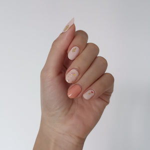 Buy Dainty Peach Floral Nail Wraps at the lowest price in Singapore from NAILWRAP.CO. We Ship Worldwide. Over 300 designs! Instant designer nail art under 10 minutes