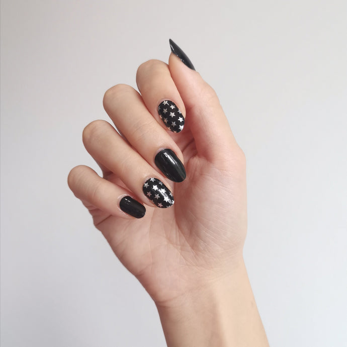 Buy Star Studded Nail Polish Wraps at the lowest price in Singapore from NAILWRAP.CO. Worldwide Shipping. Instant designer nail art manicure in under 10 minutes.