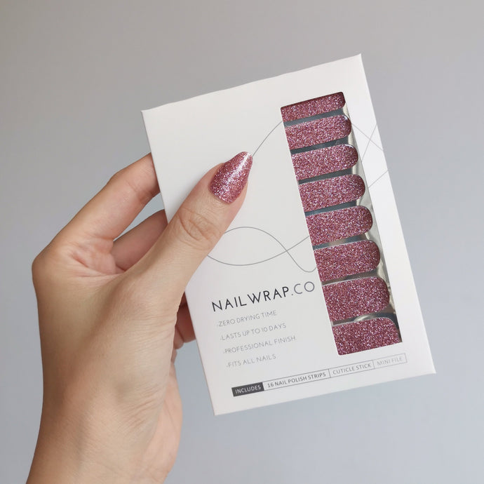 Buy Sparkling Rosé (Glitter) Nail Polish Wraps at the lowest price in Singapore from NAILWRAP.CO. Worldwide Shipping. Instant designer nail art manicure in under 10 minutes.