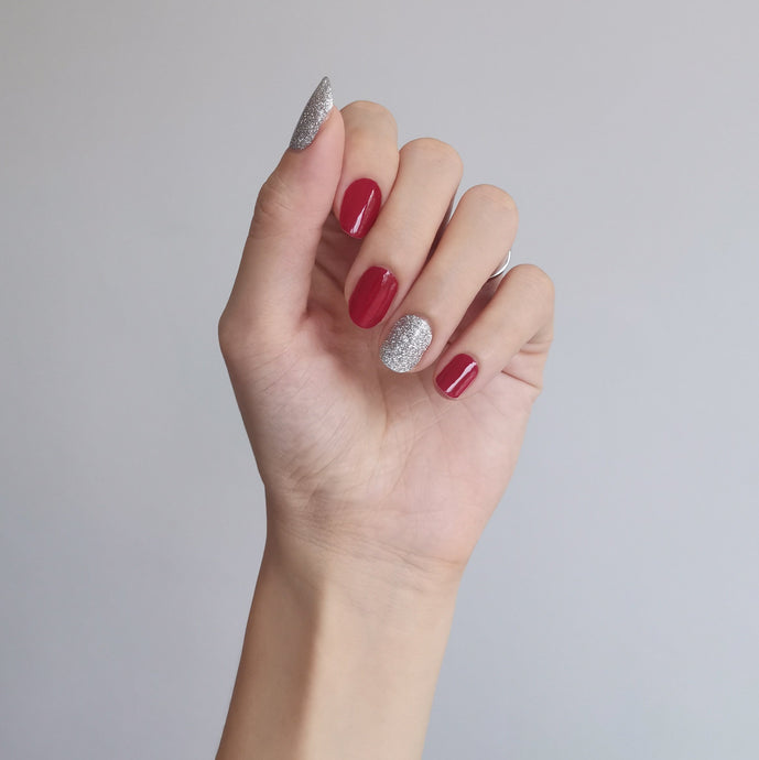 Buy Crimson Glitz Nail Polish Wraps at the lowest price in Singapore from NAILWRAP.CO. Worldwide Shipping. Instant designer nail art manicure in under 10 minutes.
