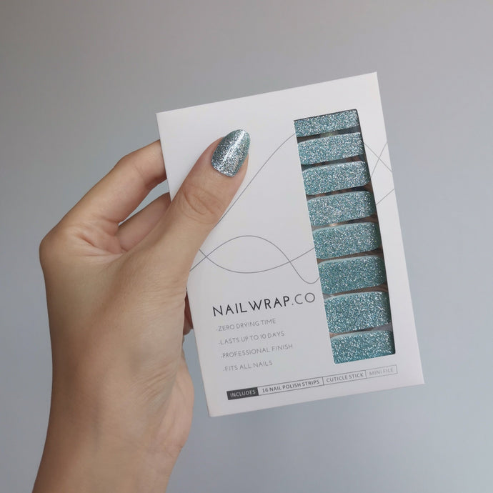 Buy Aqua Glass (Glitter) Nail Polish Wraps at the lowest price in Singapore from NAILWRAP.CO. Worldwide Shipping. Instant designer nail art manicure in under 10 minutes.