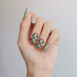 Buy Black Grid Lines Overlay Nail Wraps at the lowest price in Singapore from NAILWRAP.CO. We Ship Worldwide. Over 300 designs! Instant designer nail art under 10 minutes