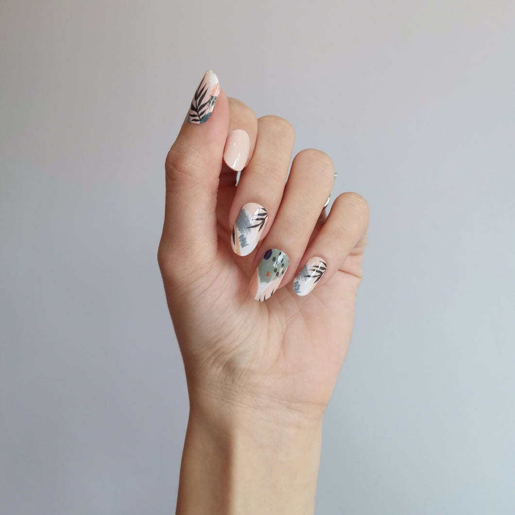 Buy Secret Garden Nail Polish Wraps at the lowest price in Singapore from NAILWRAP.CO. Worldwide Shipping. Instant designer nail art manicure in under 10 minutes.