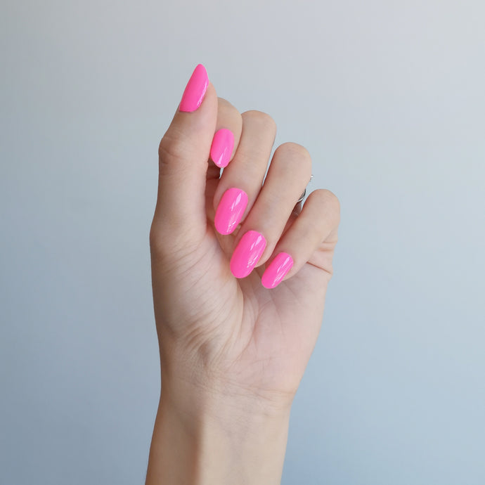Buy Neon Pink (Solid) Nail Polish Wraps at the lowest price in Singapore from NAILWRAP.CO. Worldwide Shipping. Instant designer nail art manicure in under 10 minutes.