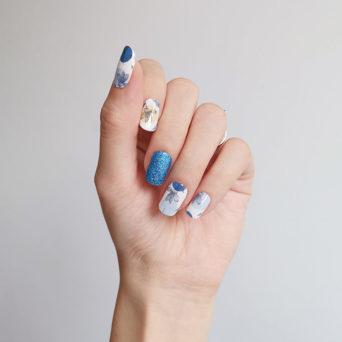 Buy Blue Petals Nail Polish Wraps at the lowest price in Singapore from NAILWRAP.CO. Worldwide Shipping. Instant designer nail art manicure in under 10 minutes.