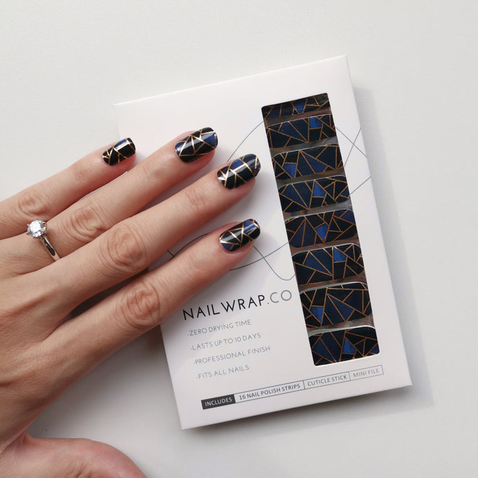 Buy Shattered Glass Nail Polish Wraps at the lowest price in Singapore from NAILWRAP.CO. Worldwide Shipping. Instant designer nail art manicure in under 10 minutes.