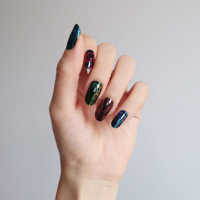 Buy Onyx Nail Polish Wraps at the lowest price in Singapore from NAILWRAP.CO. Worldwide Shipping. Instant designer nail art manicure in under 10 minutes.