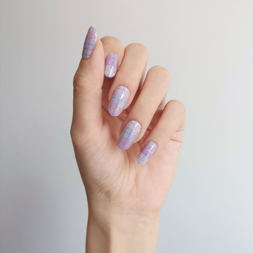 Buy Lilac Plaid Nail Polish Wraps at the lowest price in Singapore from NAILWRAP.CO. Worldwide Shipping. Instant designer nail art manicure in under 10 minutes.