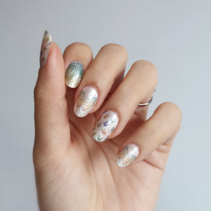 Buy Ombré Butterfly 🦋 Nail Polish Wraps at the lowest price in Singapore from NAILWRAP.CO. Worldwide Shipping. Instant designer nail art manicure in under 10 minutes.