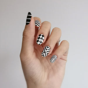 Buy Mono Patterns Nail Polish Wraps at the lowest price in Singapore from NAILWRAP.CO. Worldwide Shipping. Instant designer nail art manicure in under 10 minutes.