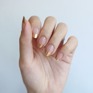 Buy Della Gold French Nail Polish Wraps at the lowest price in Singapore from NAILWRAP.CO. Worldwide Shipping. Instant designer nail art manicure in under 10 minutes.
