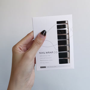 Buy Black Gradient Nail Polish Wraps at the lowest price in Singapore from NAILWRAP.CO. Worldwide Shipping. Instant designer nail art manicure in under 10 minutes.