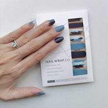 Load image into Gallery viewer, Buy Déjà Blue Nail Polish Wraps at the lowest price in Singapore from NAILWRAP.CO. Worldwide Shipping. Instant designer nail art manicure in under 10 minutes.