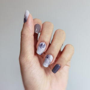 Buy Purple Reign - Nail Wrap of the Week Nail Polish Wraps at the lowest price in Singapore from NAILWRAP.CO. Worldwide Shipping. Instant designer nail art manicure in under 10 minutes.