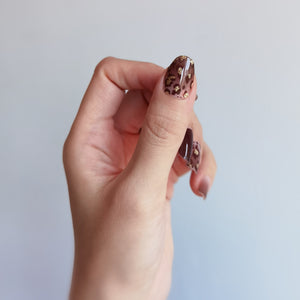 Buy Stay Wild Nail Polish Wraps at the lowest price in Singapore from NAILWRAP.CO. Worldwide Shipping. Instant designer nail art manicure in under 10 minutes.