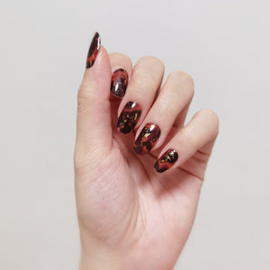 Buy Gold Foil Tortoise Shell Nail Polish Wraps at the lowest price in Singapore from NAILWRAP.CO. Worldwide Shipping. Instant designer nail art manicure in under 10 minutes.