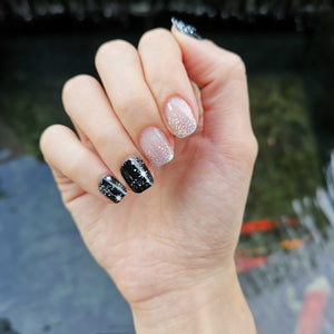 Buy Layla Glitter Nail Polish Wraps at the lowest price in Singapore from NAILWRAP.CO. Worldwide Shipping. Instant designer nail art manicure in under 10 minutes.