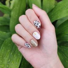 Load image into Gallery viewer, Buy Tara Pink Leopard Nail Polish Wraps at the lowest price in Singapore from NAILWRAP.CO. Worldwide Shipping. Instant designer nail art manicure in under 10 minutes.