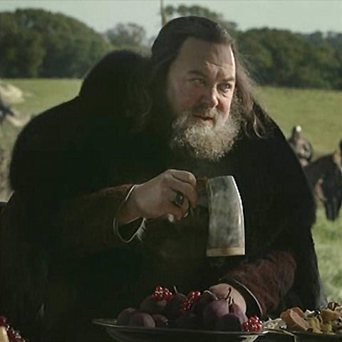 King Robert Baratheon Drinking from our Horn Beer Mugs - Viking Feasting