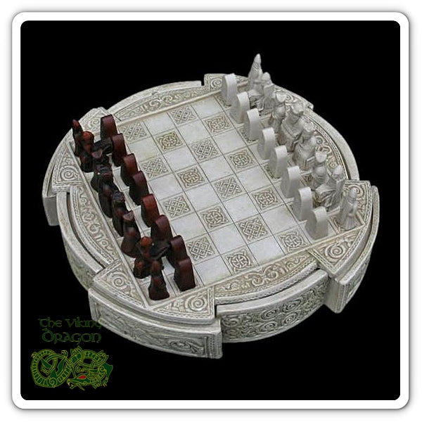 12th Century Norwegian Lewis Chess Set Replica From The Viking Dragon