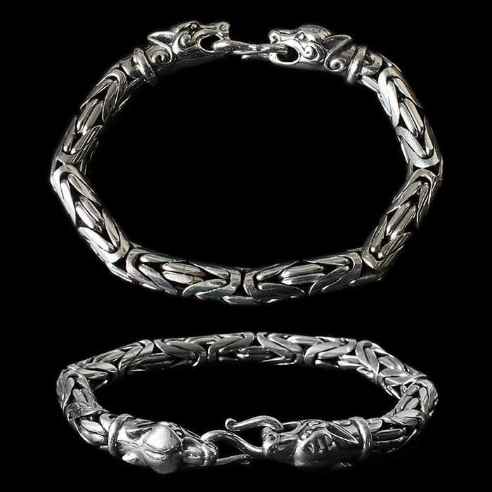 8Mm Silver King Bracelet With Ferocious Wolf Heads - Viking Bracelets