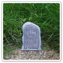 Load image into Gallery viewer, Runestone From Småland - Runestones
