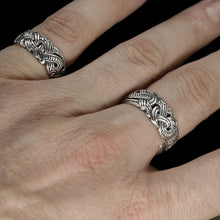 Load image into Gallery viewer, Silver Viking Raven Rings on Hand - Hugin & Munin