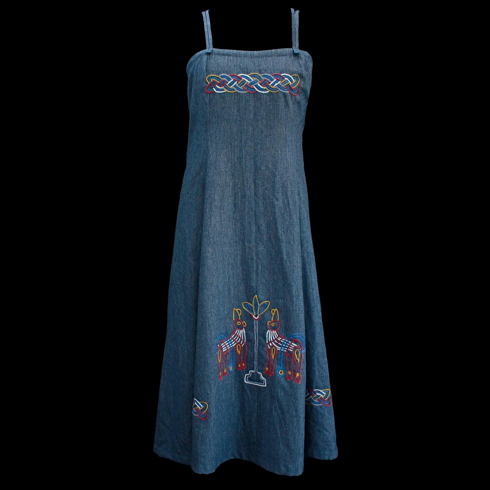 Women's Embroidered Wool Viking Hangerock / Overdress - Blue