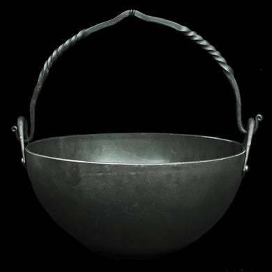 4 Litre Steel Cauldron with Twisted Iron Handle