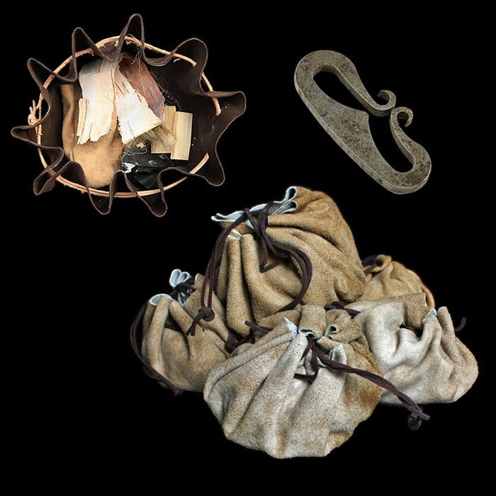 Basic Tinder Kit In Suede Pouch - Camp Equipment