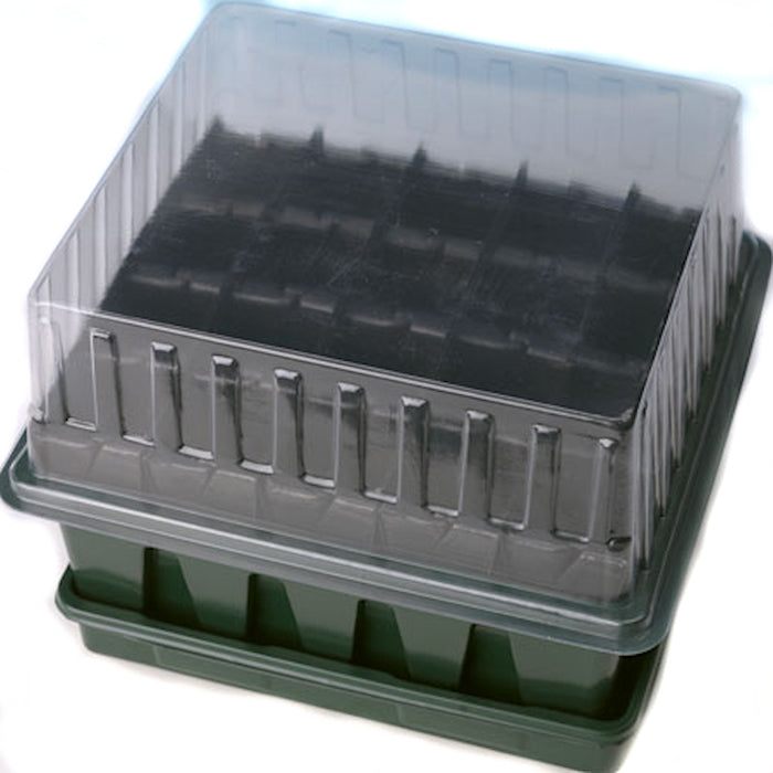 Compact Rootrainer Propagator with 20 plugs with a depth of 8 cm
