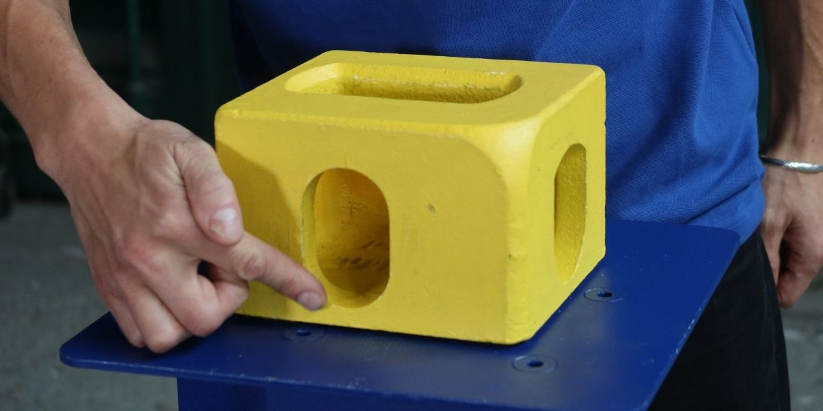 Demonstrating the thickness of the stadium hole
