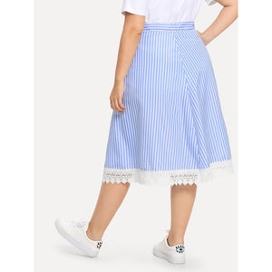 Contrast Lace Striped Overlap Skirt