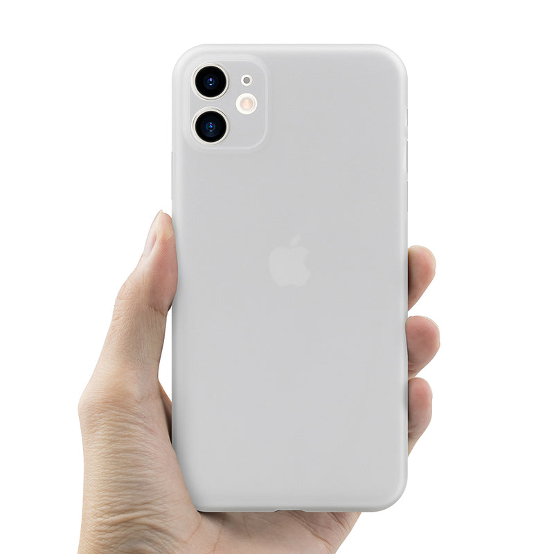 iPhone 11 Ultra Slim Case milky transparent