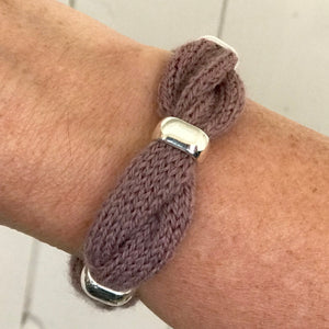 Cable Bracelet Knitting Kit - Smooth Beads
