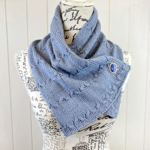 Cables & Rib Neck Cosy Gift Bag